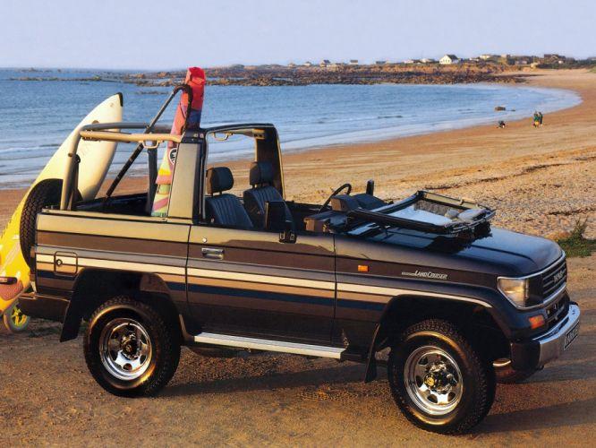 1990-96 Toyota Land Cruiser I-I Canvas Top (LJ72) 4x4 suv f wallpaper