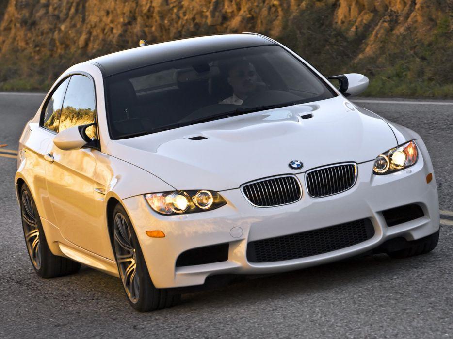 2007-13 BMW M-3 Coupe US-spec (E92  r wallpaper