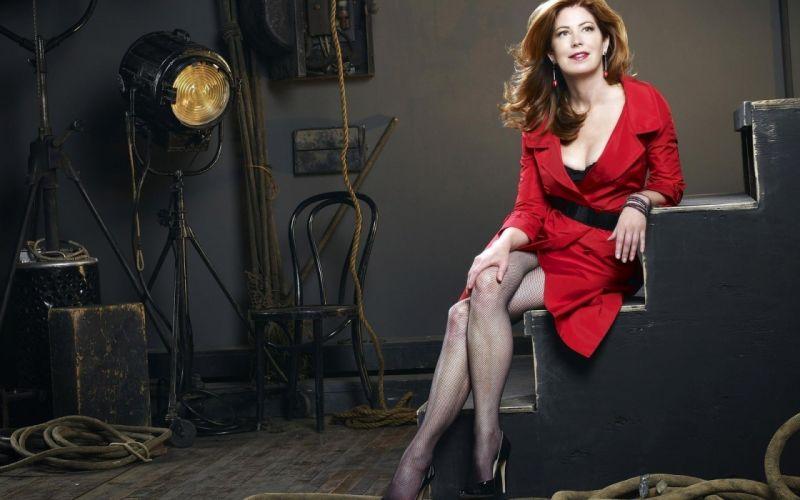 women red Desperate Housewives Dana Delany wallpaper