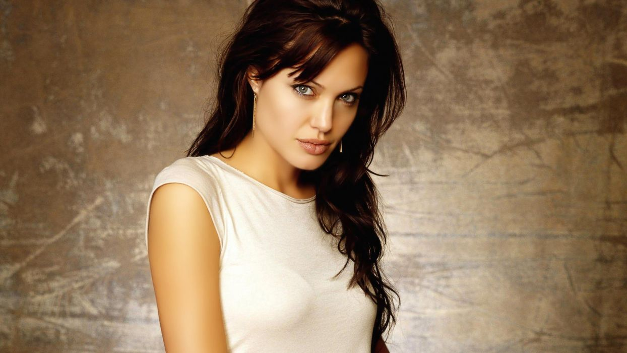 women actress Angelina Jolie faces wallpaper