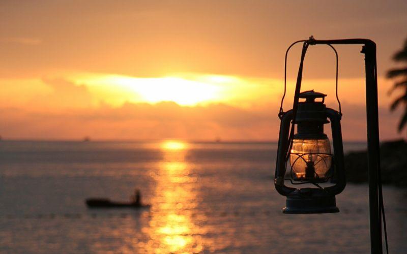 ocean Sun lamps India wallpaper