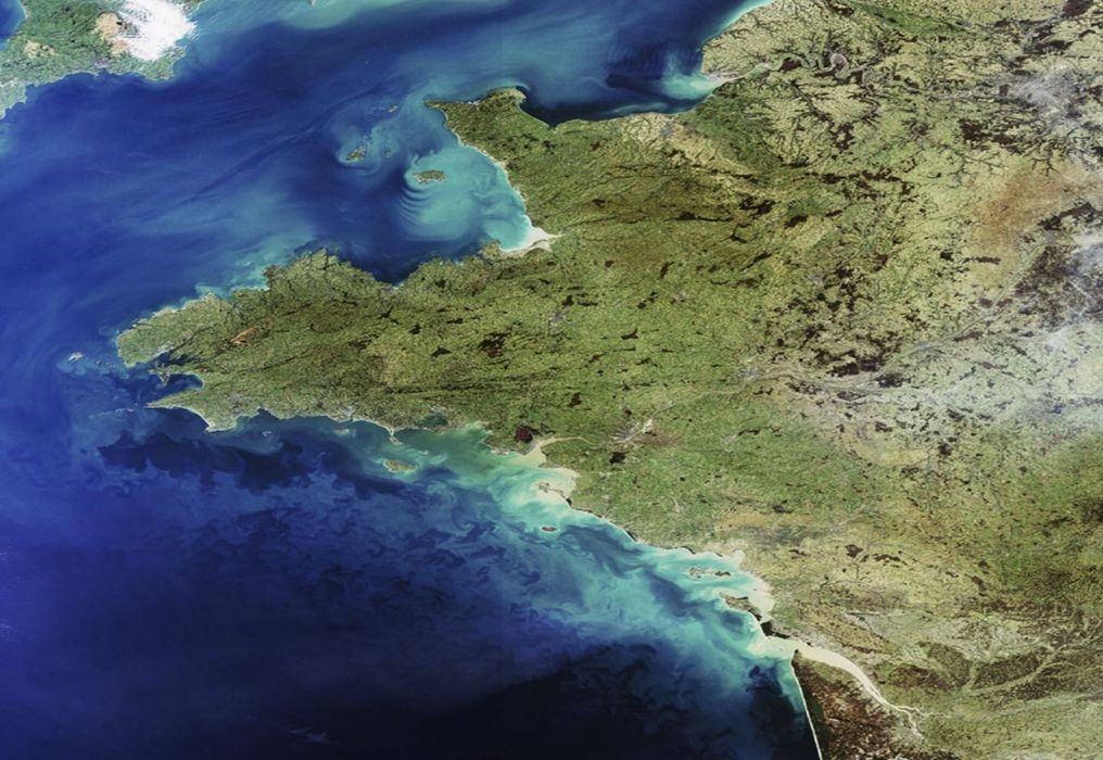 Western France observed by Envisat esa europe space wallpaper