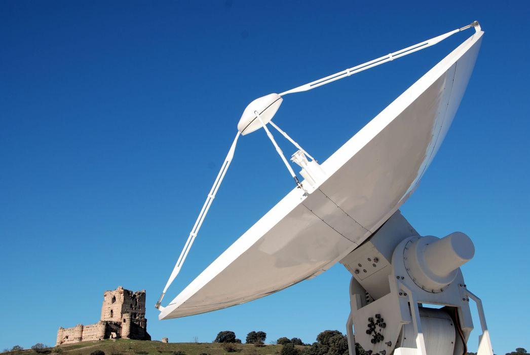 esa europe space Antenna at ESA's ESAC in Spain wallpaper