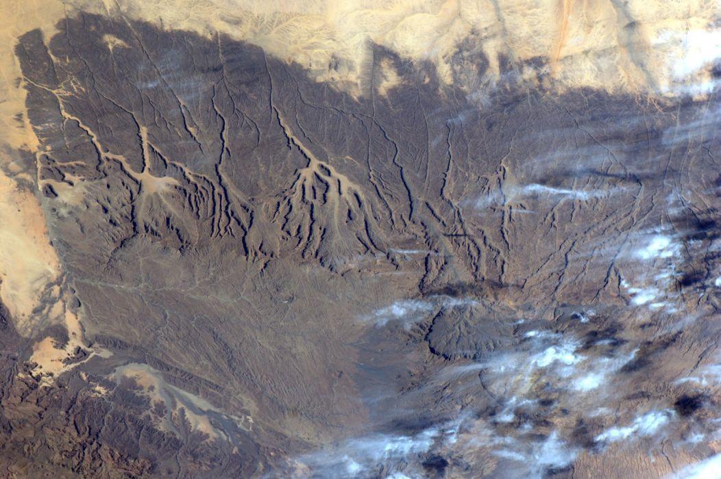 esa europe space Tibesti Mountains 2 wallpaper