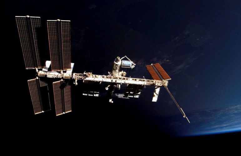 esa europe spaceISS with Columbus attached 1851x1200 wallpaper