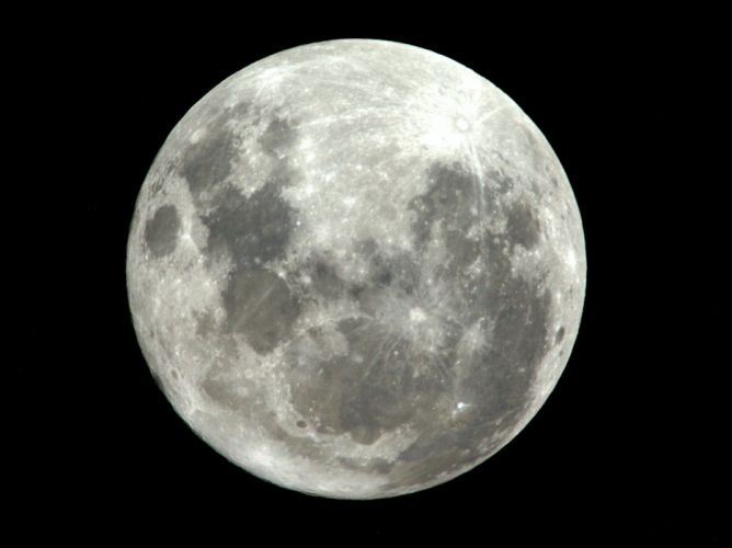 esa europe space Supermoon as seen from ISS wallpaper