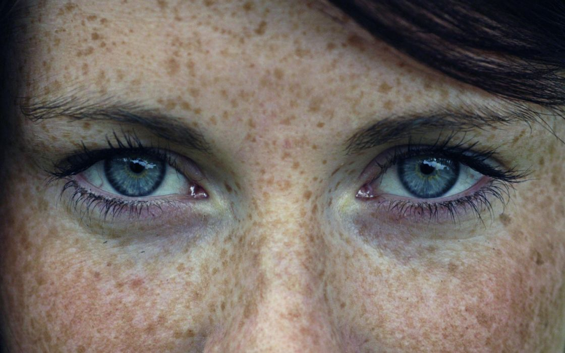women close-up eyes blue eyes actress celebrity freckles wallpaper