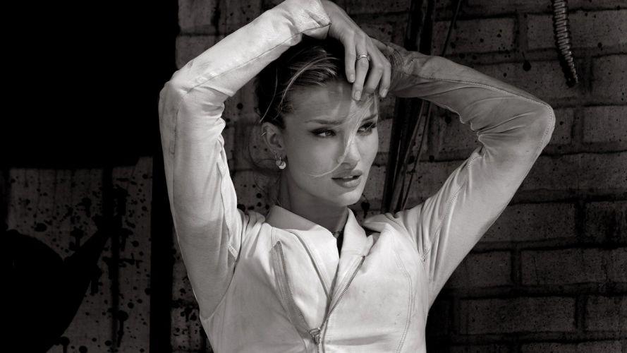 women black and white wallpaper
