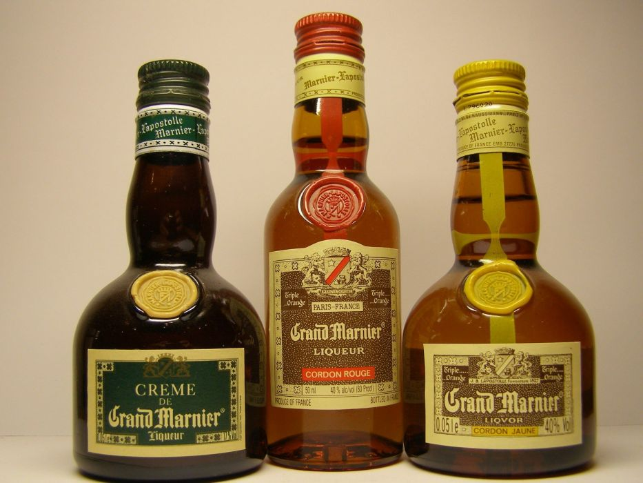 bottles alcohol liquor Grand Marnier wallpaper
