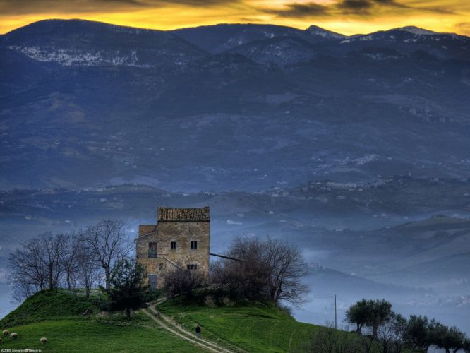 mountains houses Italy wallpaper