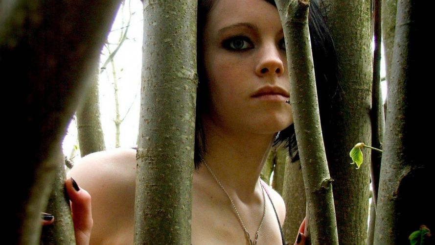close-up forests blue eyes teen girls in nature black hair Toni Pearce wallpaper