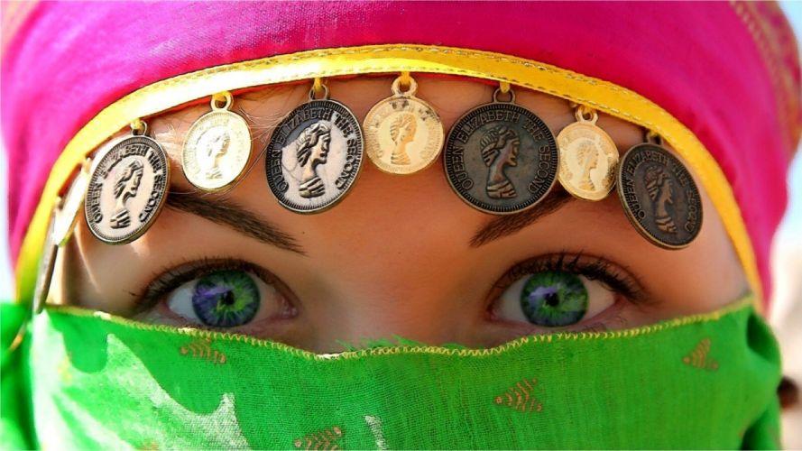 brunettes close-up green eyes wallpaper