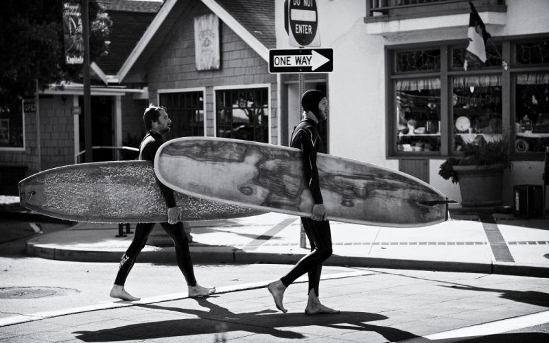 grayscale surfboards wallpaper
