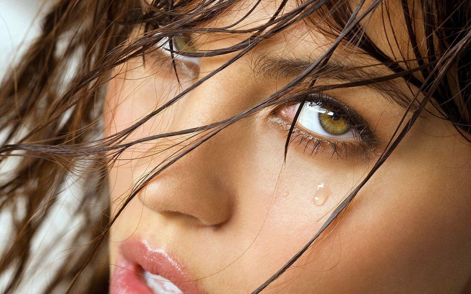 сразу фото со слезой на лице особенностью программы