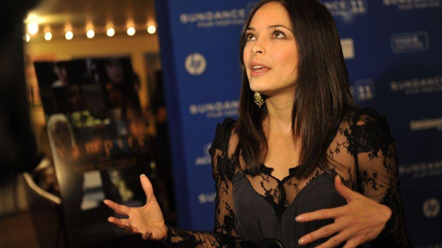 women actress models Kristin Kreuk black dress wallpaper