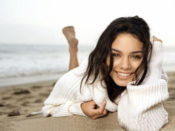 brunettes women actress celebrity Vanessa Hudgens wallpaper