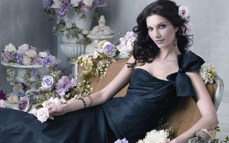 brunettes women dress flowers models Teresa Moore roses wallpaper