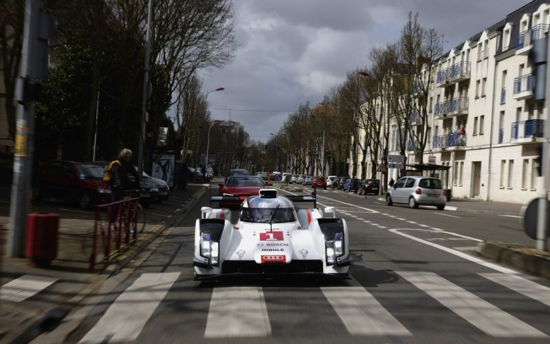 2014 Audi R18 e-Tron quattro le-mans race racing r wallpaper