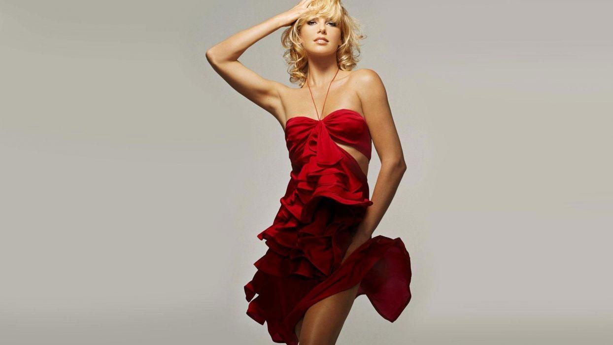 women dress models Charlize Theron red dress wallpaper