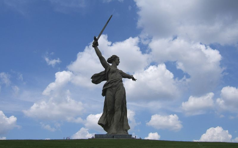 statues 9 May victory wallpaper