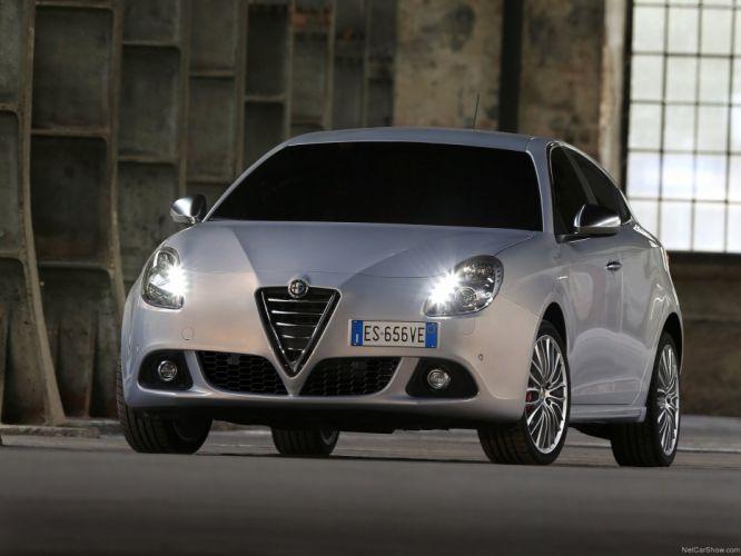 Alfa Romeo-Giulietta 2014 1600x1200 wallpaper 0e wallpaper