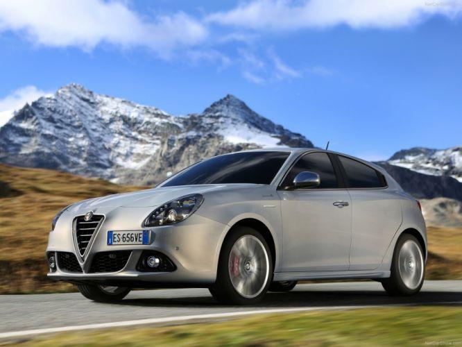 Alfa Romeo-Giulietta 2014 1600x1200 wallpaper 19 wallpaper