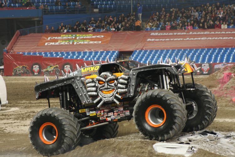 MONSTER-TRUCK race racing offroad 4x4 hot rod rods monster trucks truck (52) wallpaper