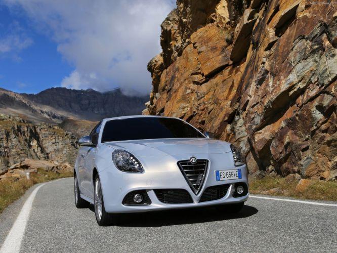 Alfa Romeo-Giulietta 2014 1600x1200 wallpaper 1d wallpaper