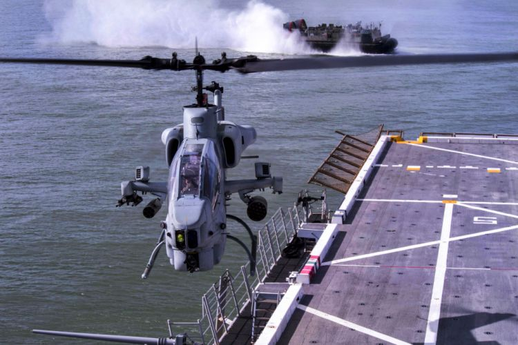 AH-1W SUPER COBRA attack helicopter military weapon aircraft (37) wallpaper