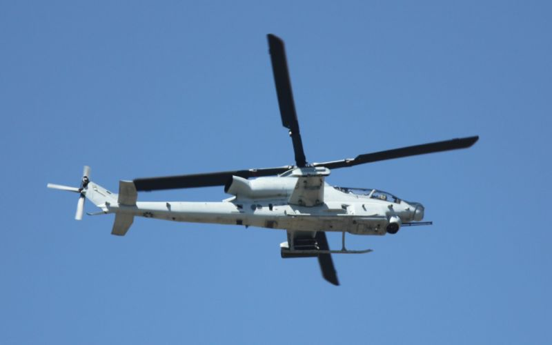 AH-1W SUPER COBRA attack helicopter military weapon aircraft (90) wallpaper