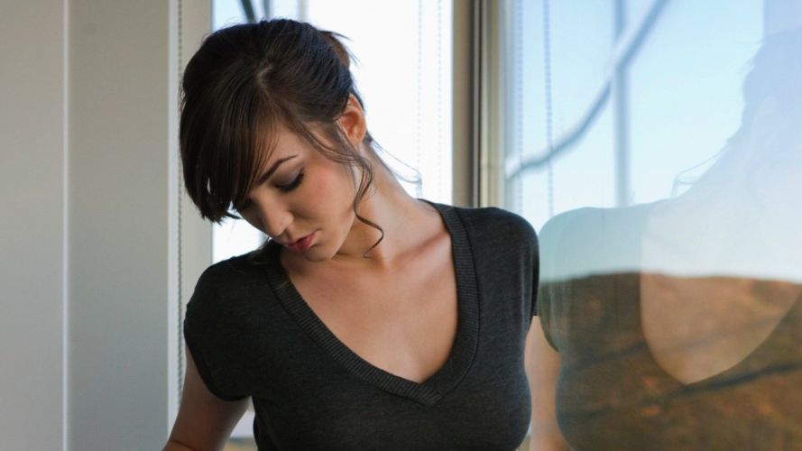 brunettes women t-shirts closed eyes Holly Michaels wallpaper