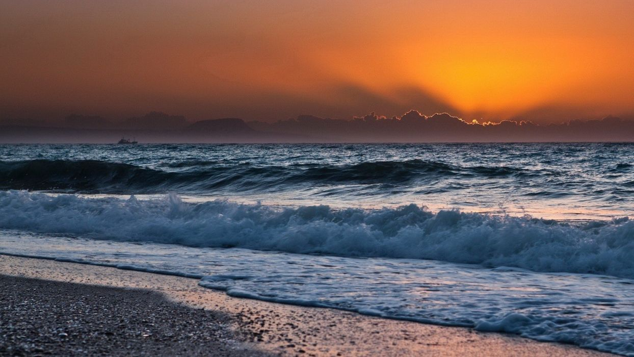 sunset ocean clouds landscapes nature waves skyscapes land sea wallpaper