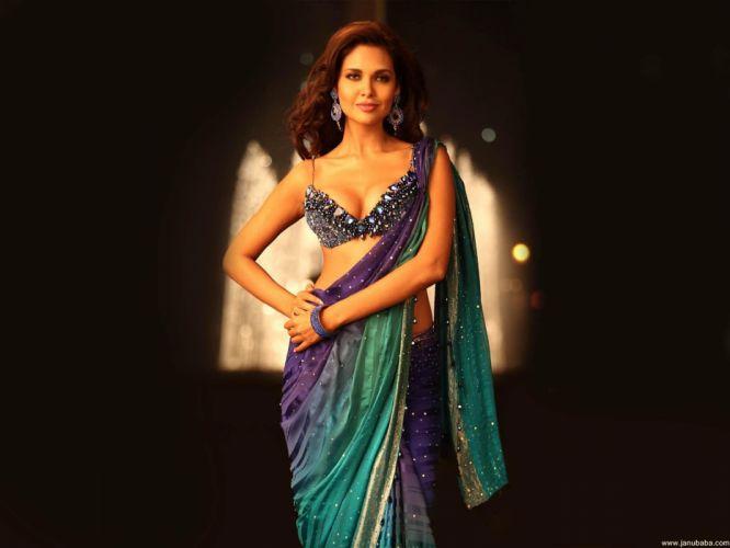 ESHA GUPTA indian actress bollywood model babe rg wallpaper