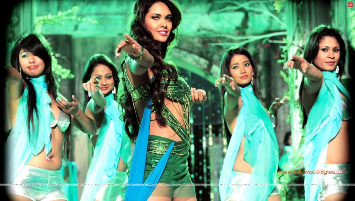 ESHA GUPTA indian actress bollywood model babe raaz    g wallpaper