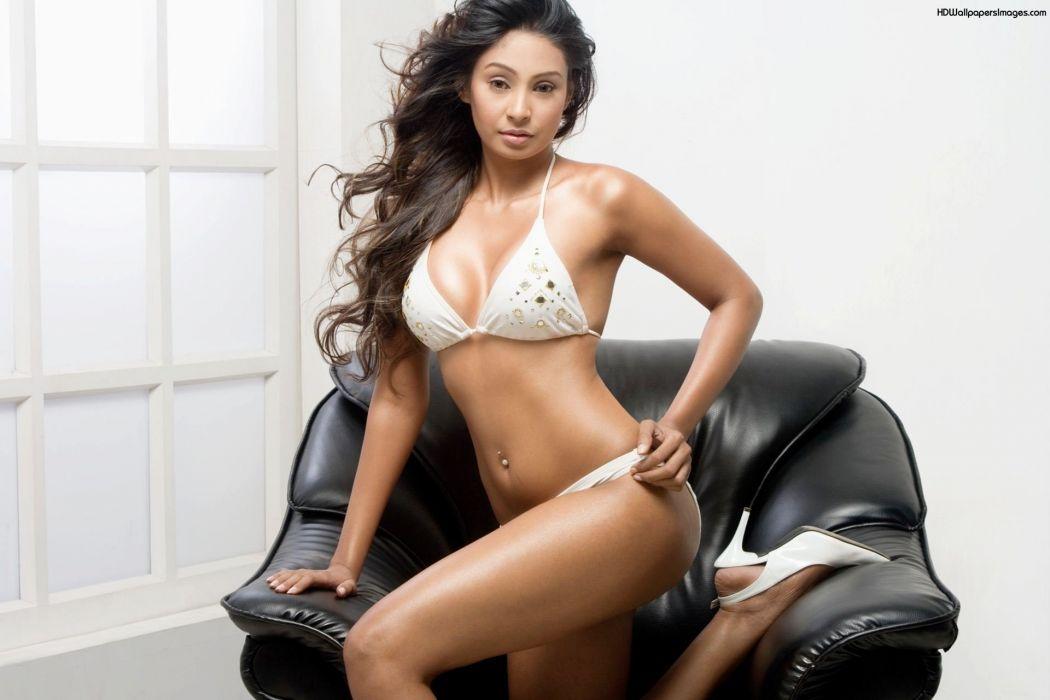 SIMRAN KHAN BOLLYWOOD indian bollywood actress babe sexy (7) wallpaper