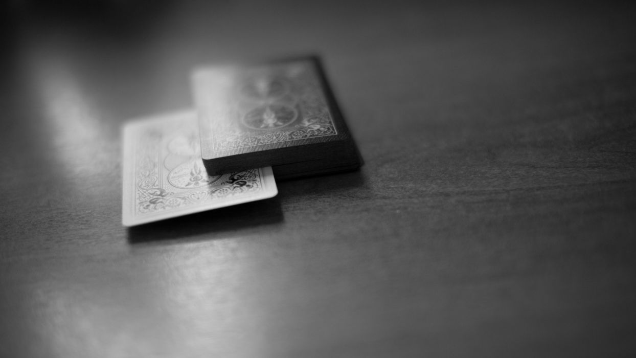 cards monochrome macro depth of field wallpaper