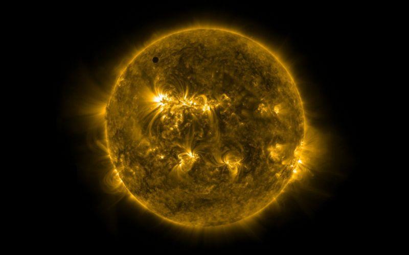 Sun Venus wallpaper