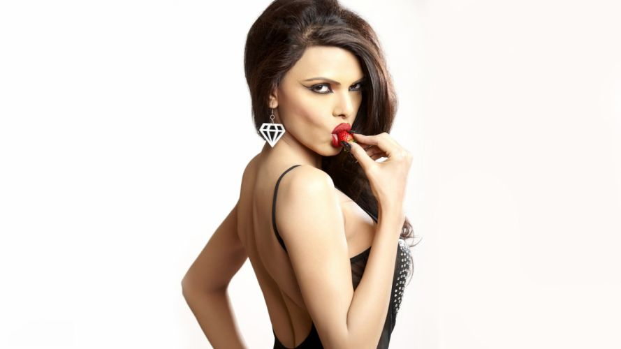 Sherlyn Chopra wallpaper