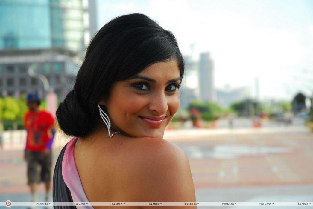 DIVYA SPANDANA ramya indian actress babe (10) wallpaper