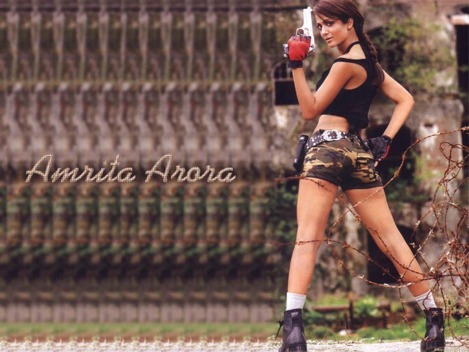 AMRITA ARORA indian actress babe (46) wallpaper