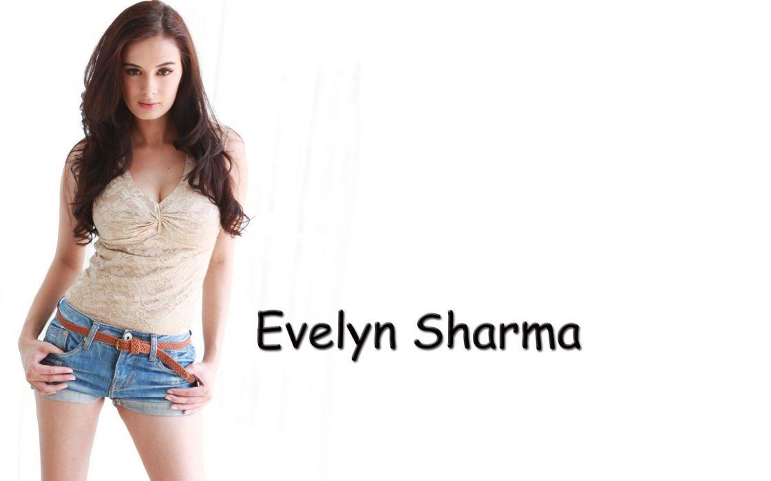 EVELYN SHARMA german indian actress model babe (35) wallpaper
