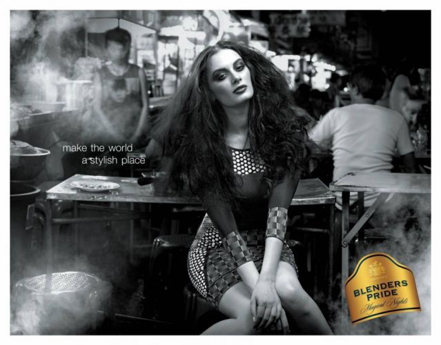 EVELYN SHARMA german indian actress model babe (26) wallpaper