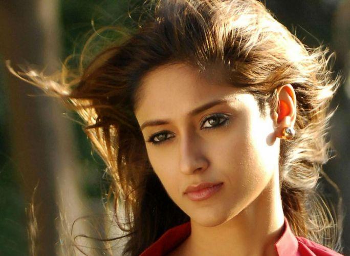 ILEANA DCRUZ indian actress model babe (9) wallpaper