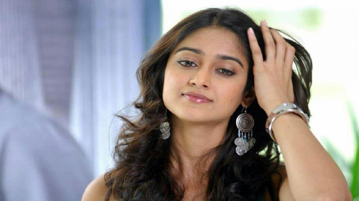 ILEANA DCRUZ indian actress model babe (49) wallpaper