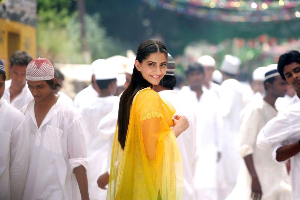 SONAM KAPOOR indian actress model (39) wallpaper