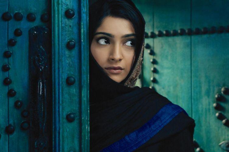 SONAM KAPOOR indian actress model (58) wallpaper