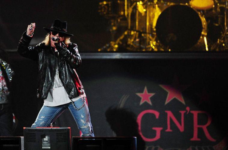 GUNS N ROSES heavy metal hair hard rock concert singer wallpaper