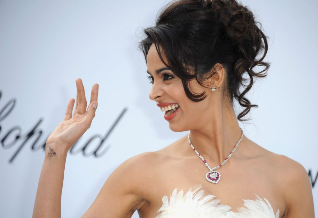Mallika Sherawat wallpaper