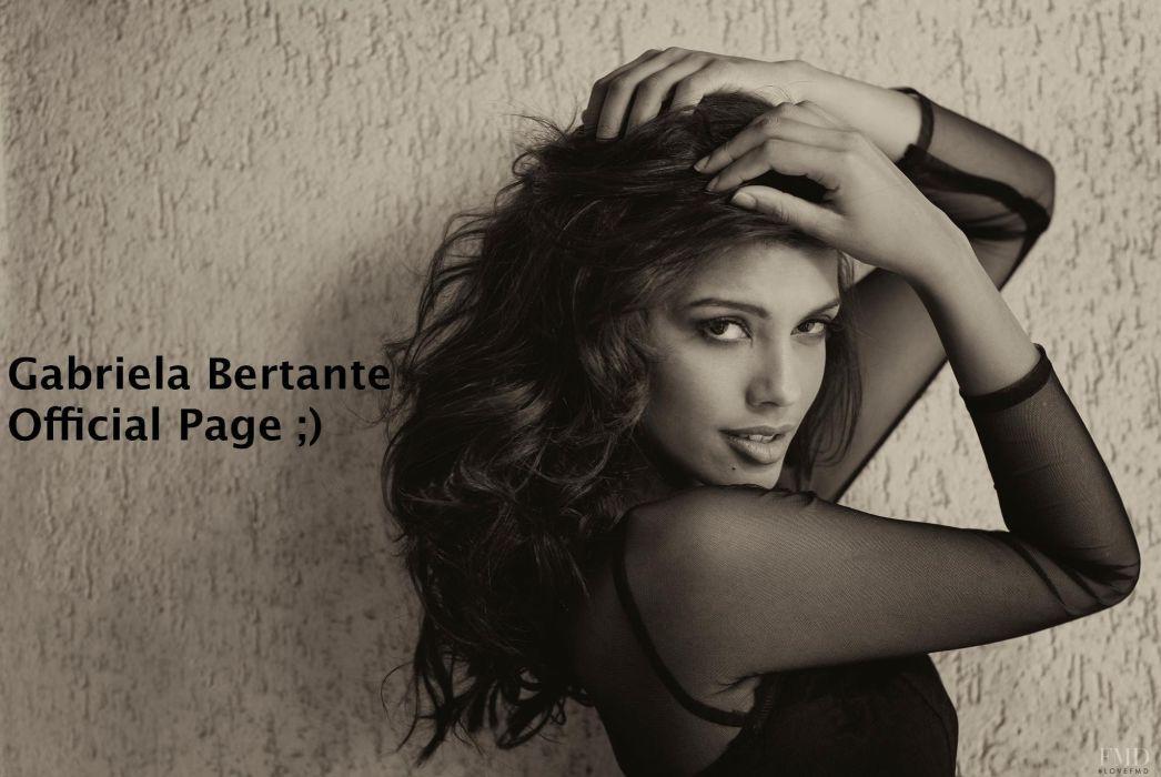 GABRIELA BERTANTE brazilian model actress babe (2) wallpaper