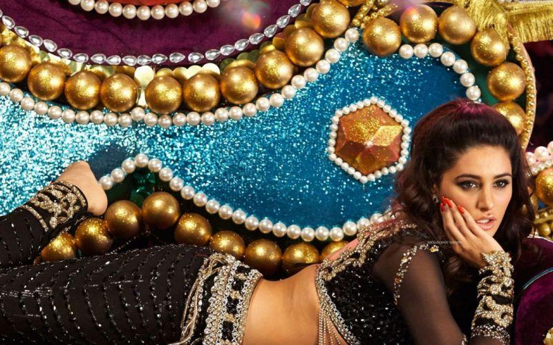 NARGIS FAKHRI actress bollywood model babe (64) wallpaper